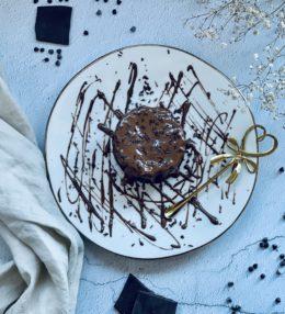 Zwei-Zutaten-Schokokuchen-Mugcake Rezept